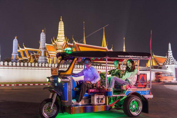 sawasdeetuktuk - Bangkok Tuk Tuk Tour